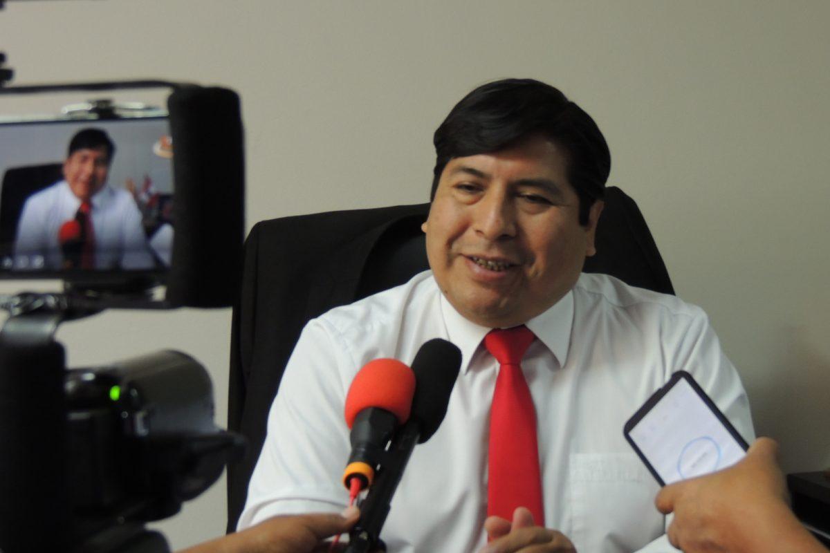 LOS BANCOS DEBEN DEFINIR LAS TAZAS DE INTERES